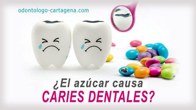 ¿El azúcar causa caries dentales?
